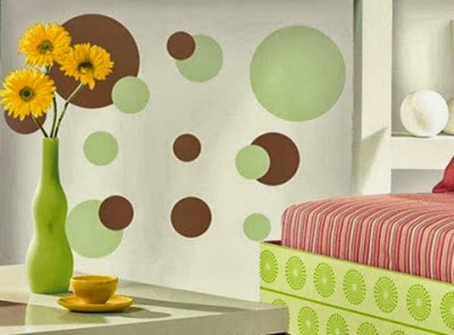 akan memberikan beberapa contoh desain wallpaper dinding untuk