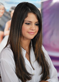 Selena Gomez Long Straight Hair Images & Pictures - Becuo Rare Freshwater Fish