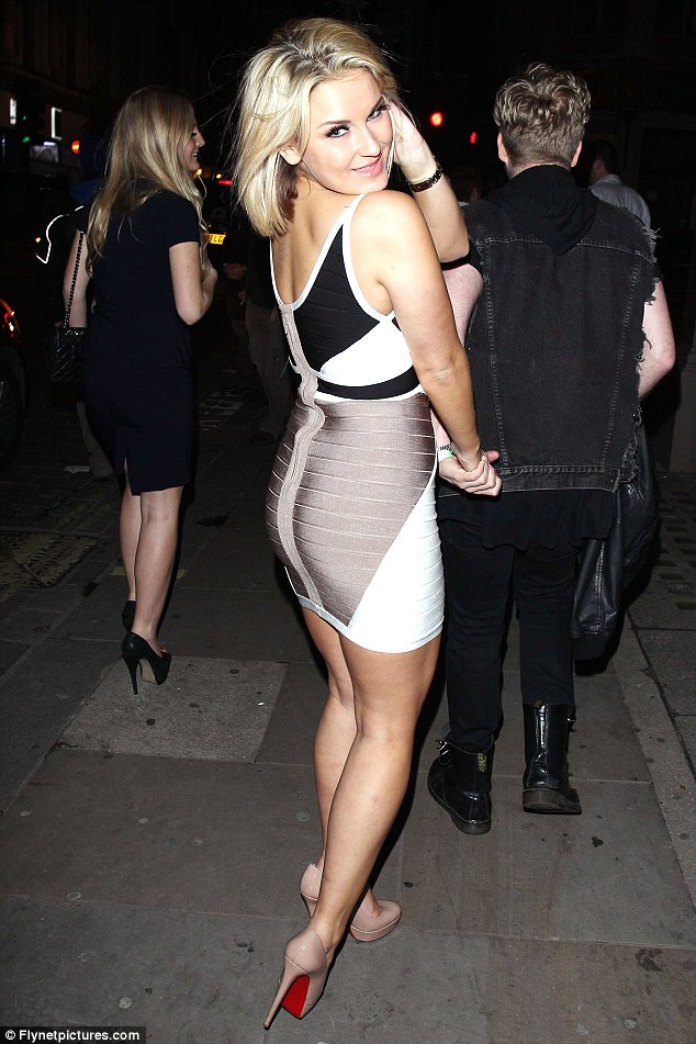 Hey Big Spender A Newly Slim Lauren Goodger Hits The Town