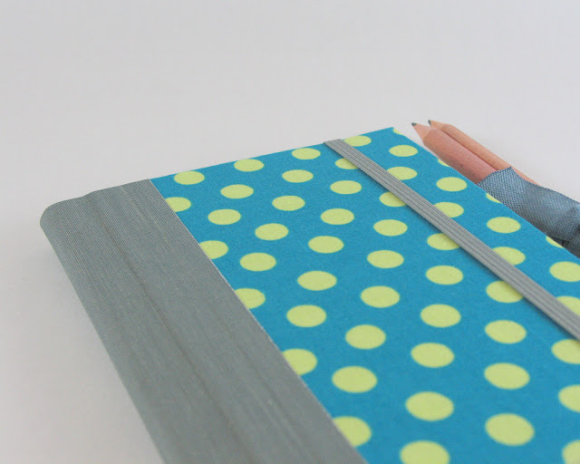 Teal Spots and Bubbles 2013 weekly planner by Arte e Luar Bookbinding