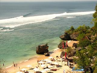 Visitindonesia; Padang-Padang Beach, A Unique Tourist Finish Inwards Bali