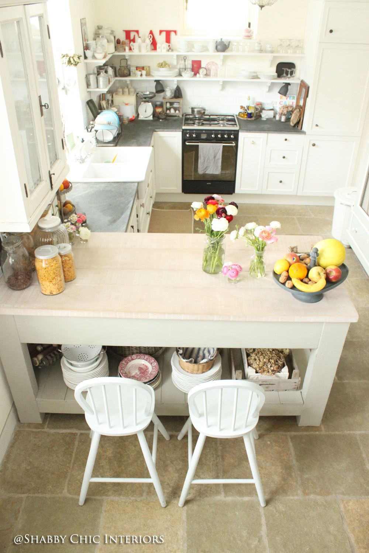 Trasformazione in cucina shabby chic interiors - Cucina shabby chic ...