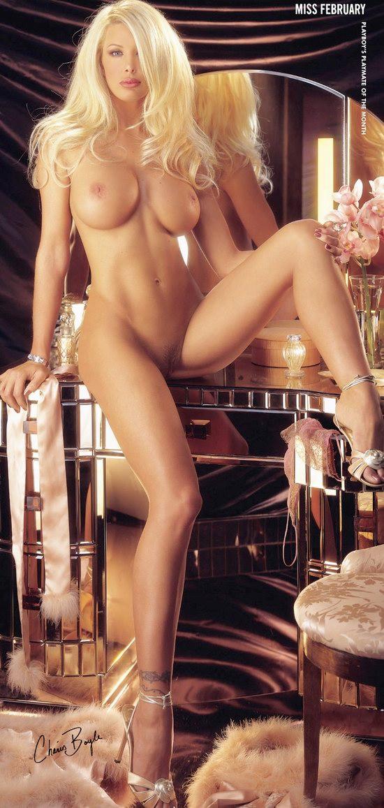 pleyboy-eroticheskoe-foto
