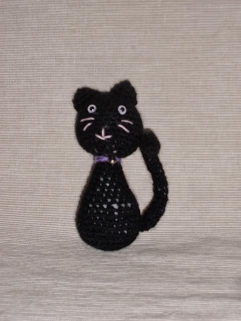 amigurumi-gato-negro-con-patrón
