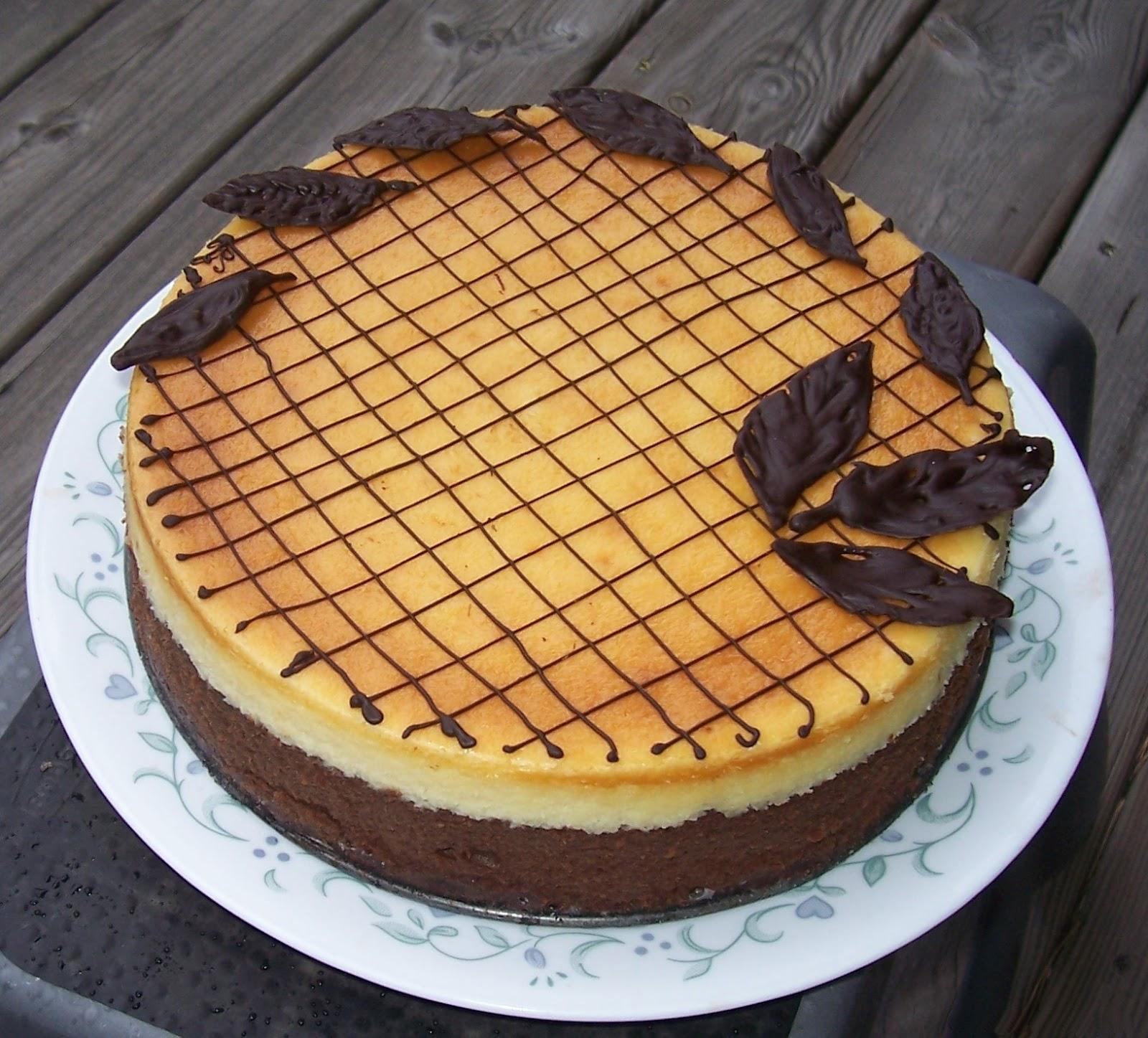 recipes magazine: Chocolate Amaretto Cheesecake