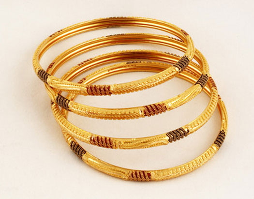 Hd wallpapers For Desktop Stylish Gold Bangles Designs 2012