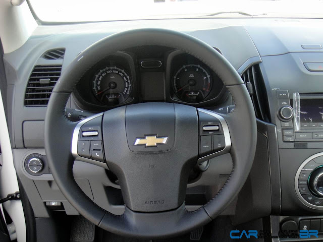 Chevrolet S-10 LTZ Flex - interior - painel