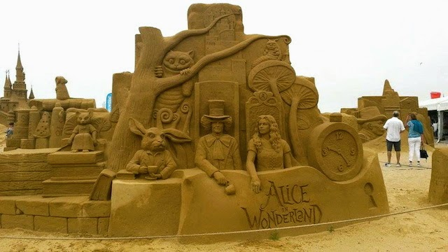 Alice in Wonderland Disney Sand Sculpture