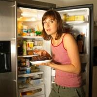 Penyebab Makan Larut Malam Harus Dihindari, Kenapa?