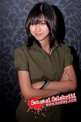 Miera Liyana Sangat Seksi di Malam Gala ABP Rafflesia