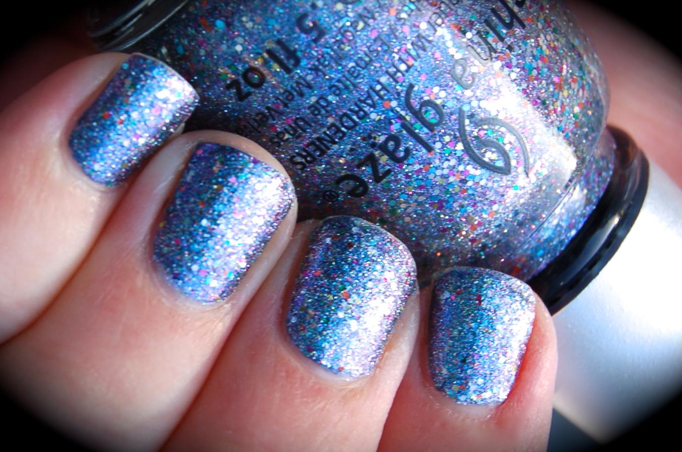 Swatch of China Glaze Liquid Crystal, Prismatic Chroma Glitters collection, bilder, nail polish, blogg nagellack