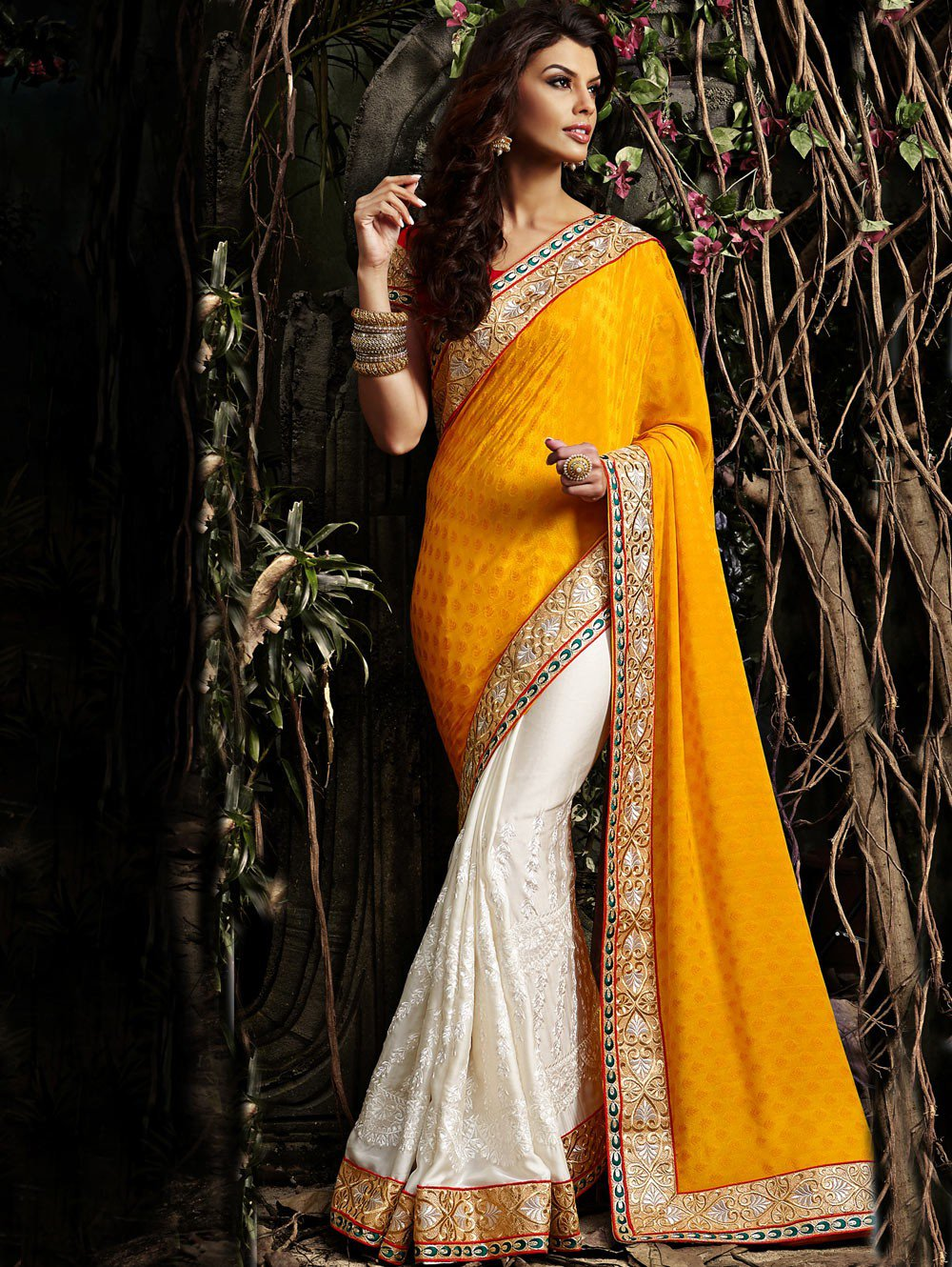 how to look stunning in saree