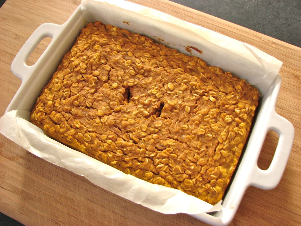 Delectably Mine: Banana Oat Breakfast Bars