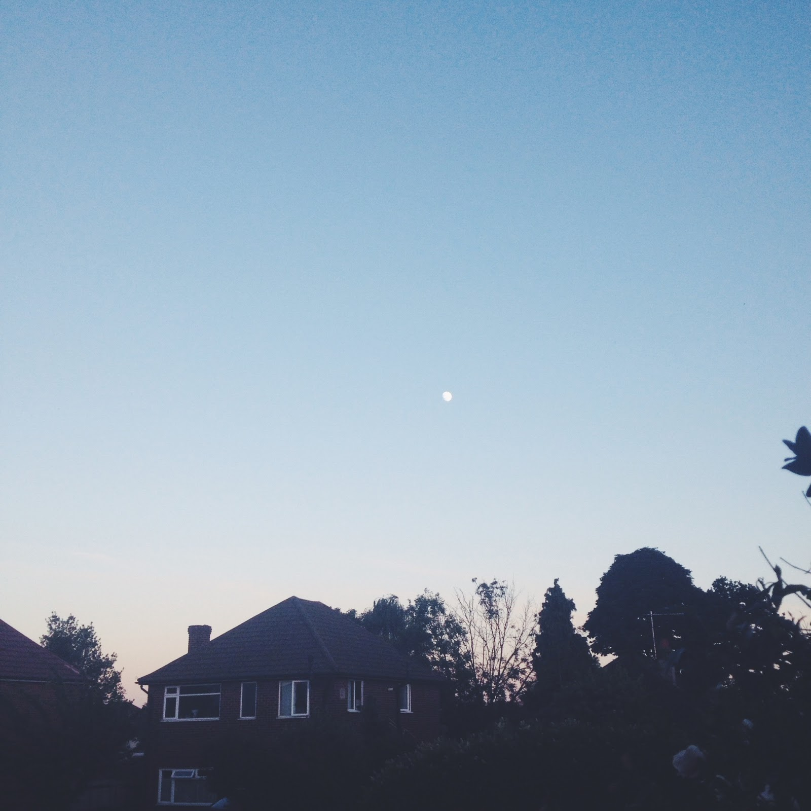 British Lifestyle Blog, Moon, Summer, Instagram