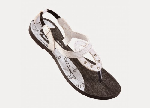 Askmebazaar review, cheap footwear online, cheap sandals online, cheap kolhapuri chappals, cheap chappals online, spring footwear, how to style sandals, how to style kolhapuris, how to style kolhapuri chappals, flats for summers, summer footwear, summer sandals, gold kolhapuri chappals, cheap kohlapuri chappals online,Spring footwear, flat footwear, sandals,spring sandals, kolhapuri chappals, paragon soles, cheap women footwear, cheap sandals, askmebazaar