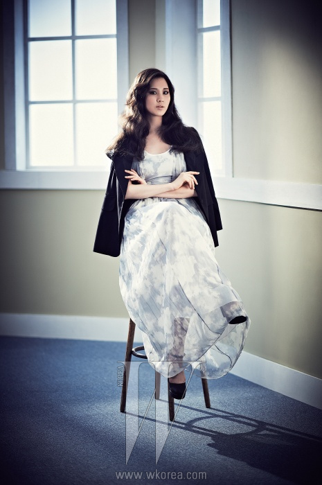 ... pictures update from Yoona and Seohyun on W Korea magazine in HD