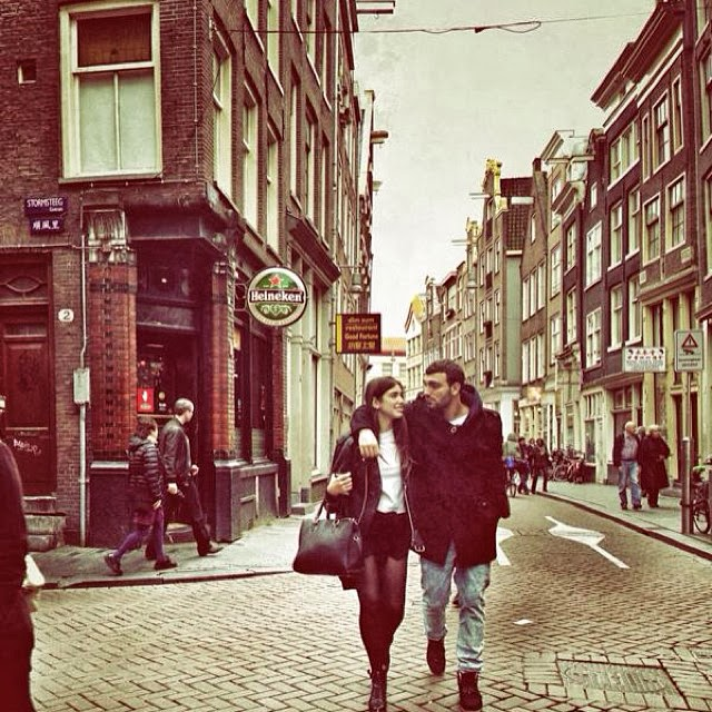 Dua Lipa me Ledrin ne Amsterdam