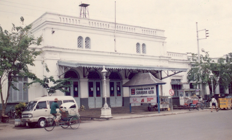 Sejarah_stasiun_surabaya_kota_semut