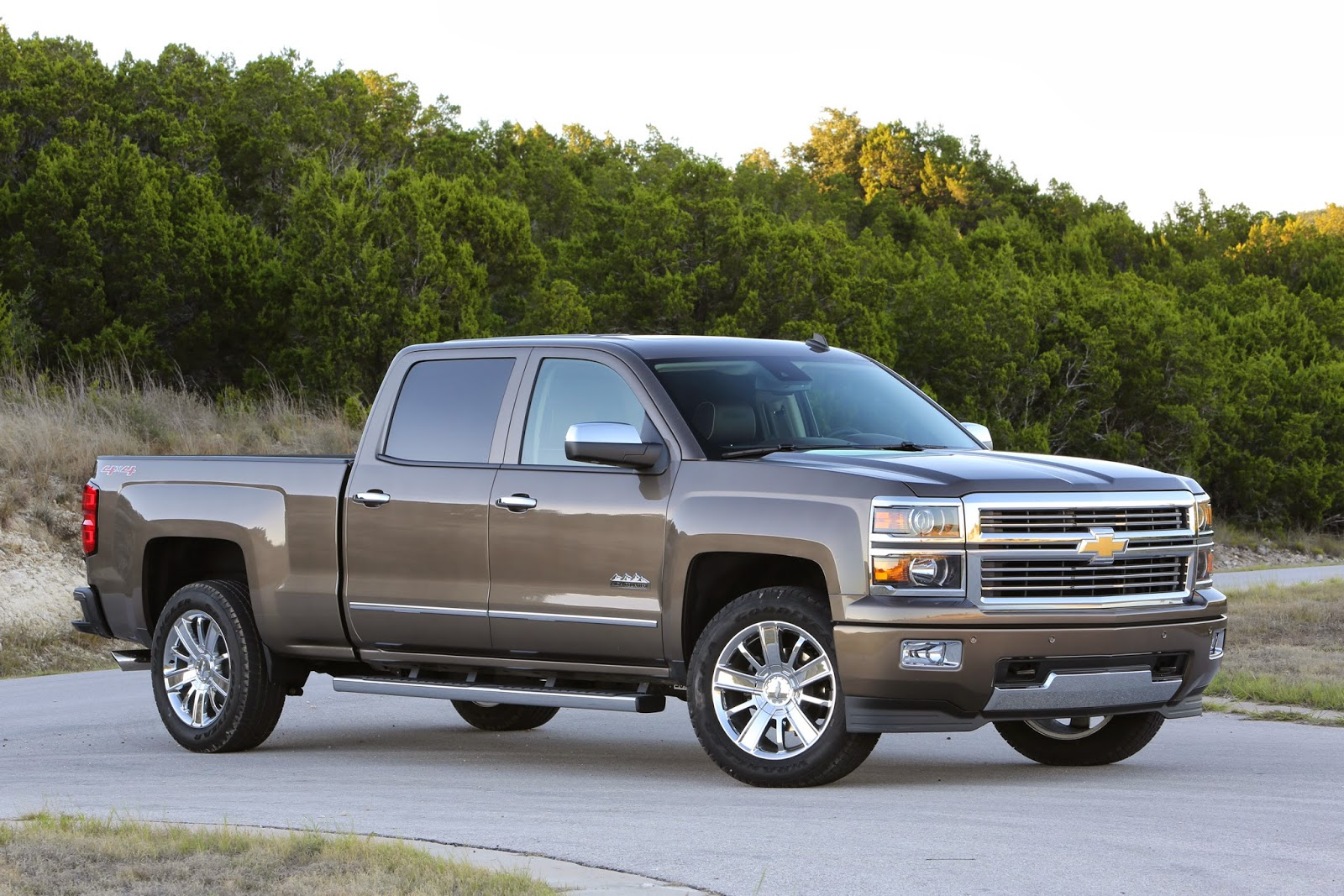 Chevy Silverado has all the proper pickup perks