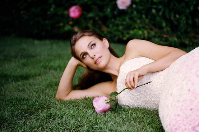 Una divina Natalie Portman nel nuovo spot Dior