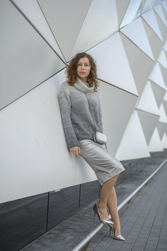 total grey outfit streetfashion
