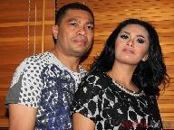 ANANG NO KOMENT KD HAMIL SEBELUM MENIKAH Raul Lemos Sering Menginap di Rumah KD 2011