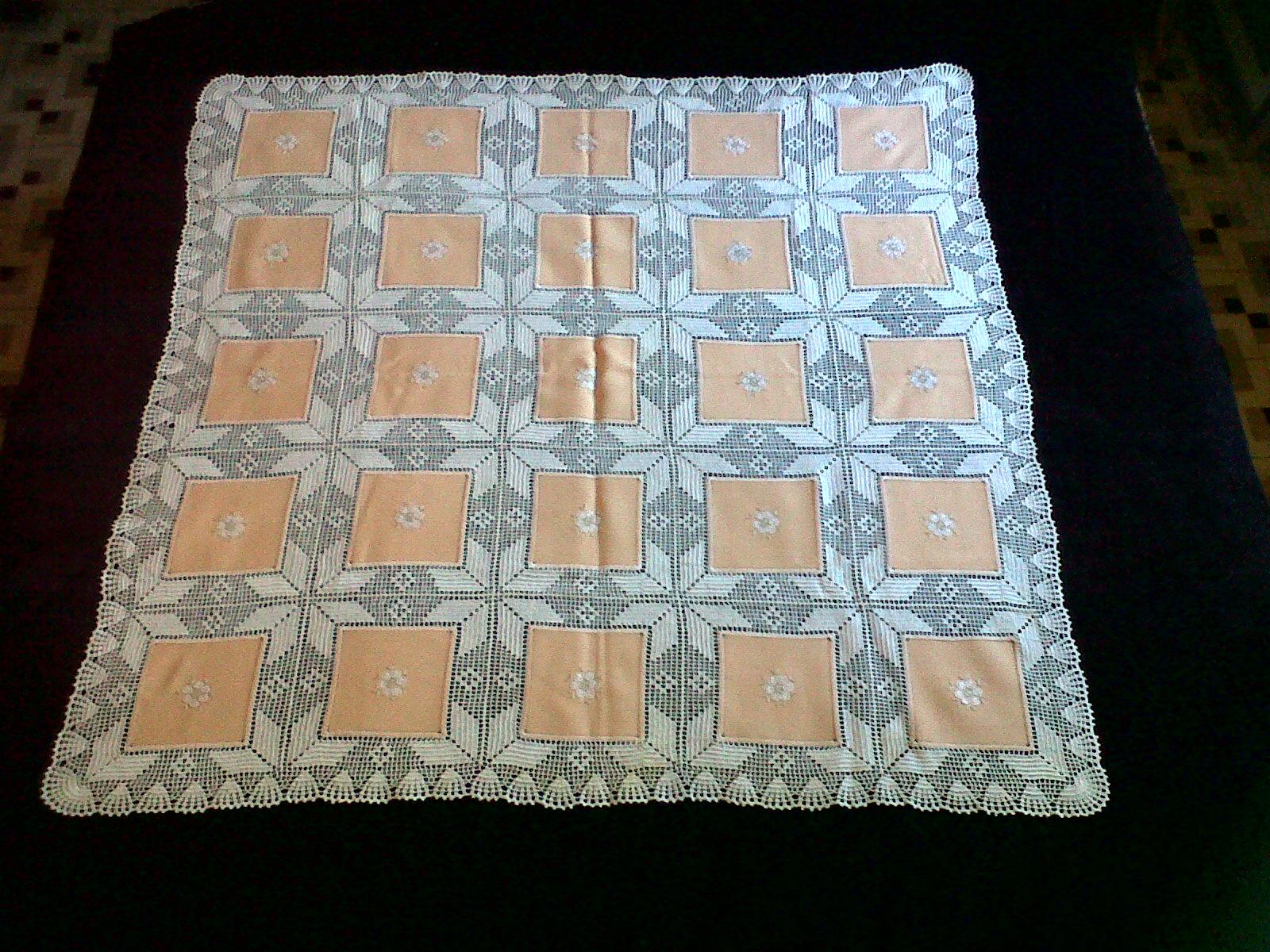 Extremadura bordados petri manteles de tela y ganchillo for Manteles de tela