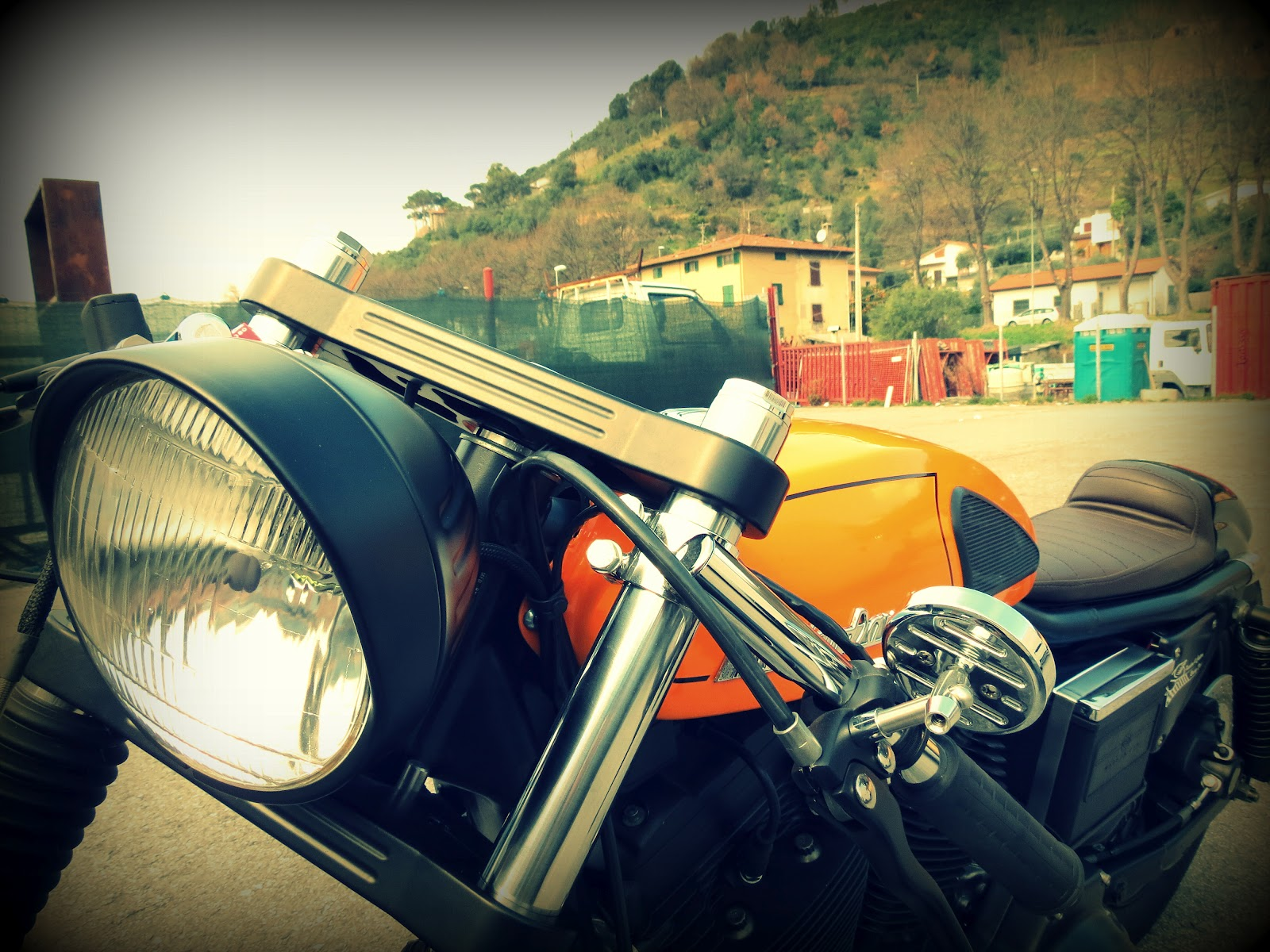 Harley Davidson Sporty 883 Cafe RacerHarley Davidson 883 Cafe Racer