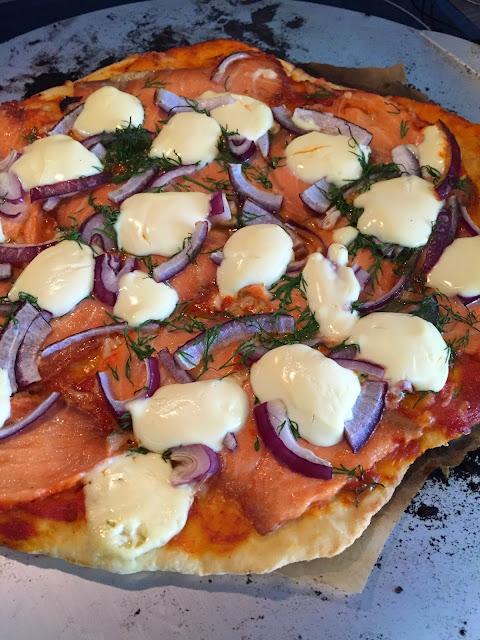 Voita ja suolaa -blogin fiiliksiä pizzakivestä.