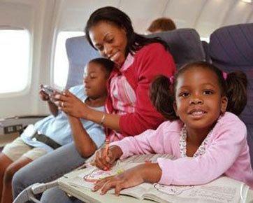 5 Tips Agar Anak Tidak Bosan Selama Di Pesawat [ www.BlogApaAja.com ]