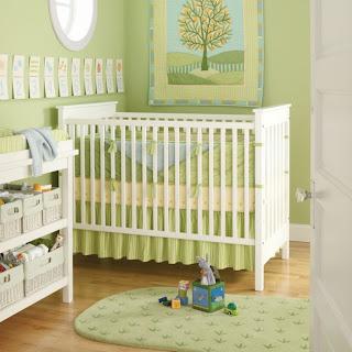 Habitación bebé blanco y verde