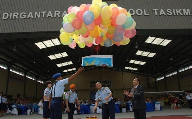Minim Pilot, Pemerintah Bangun Sekolah Penerbang