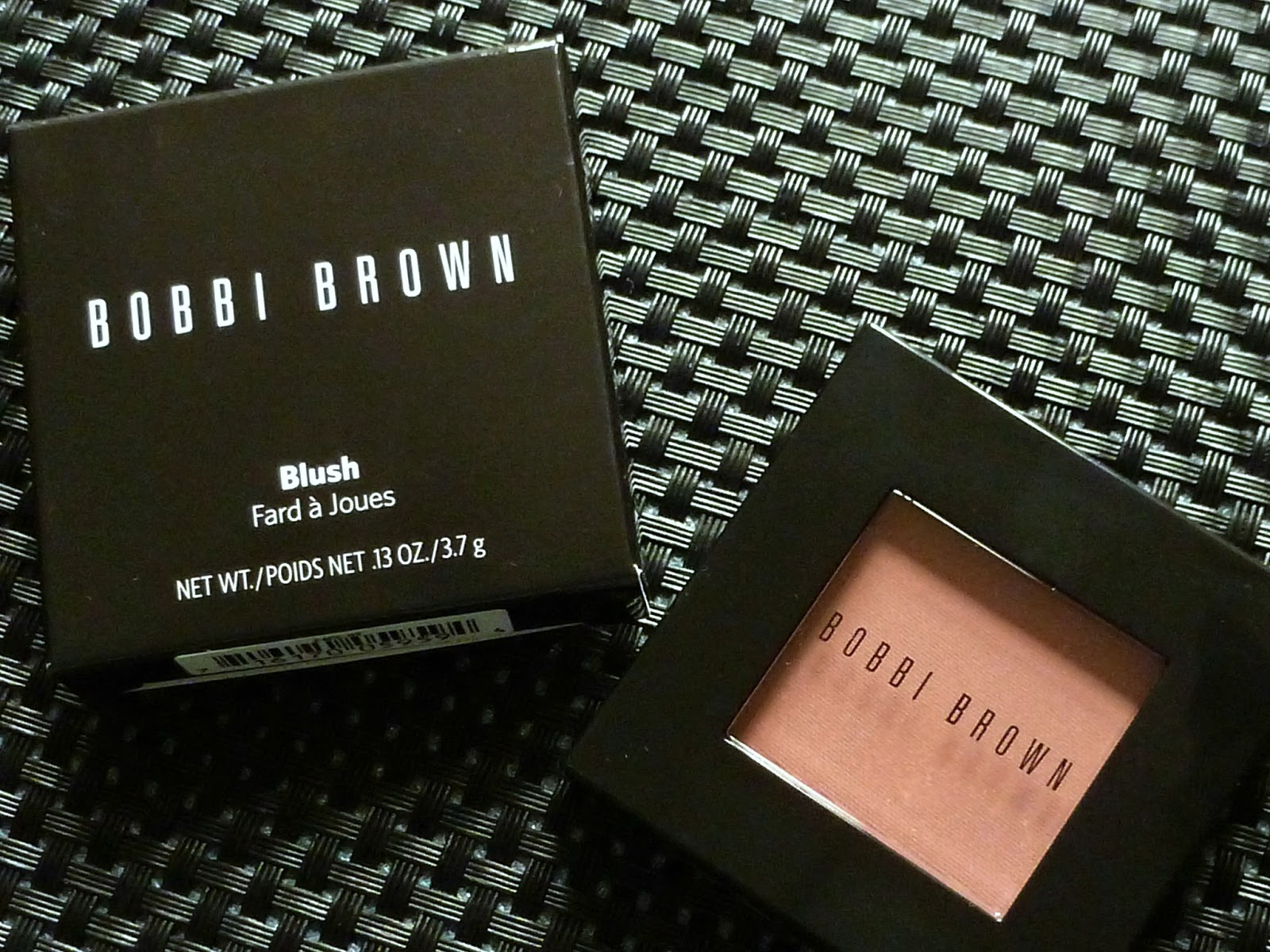 A picture of the Bobbi Brown Blush in Tawny