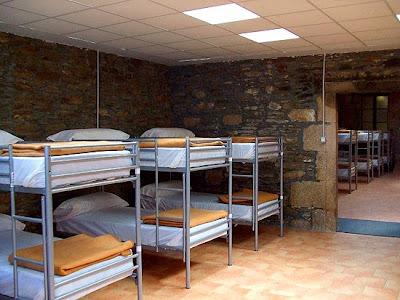 Dormitorios del albergue Obradoiro.