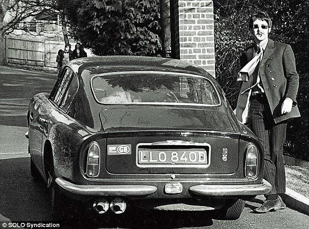 The Beatles Polska: Paul McCartney rozpoczyna samochodowy urlop we Francji