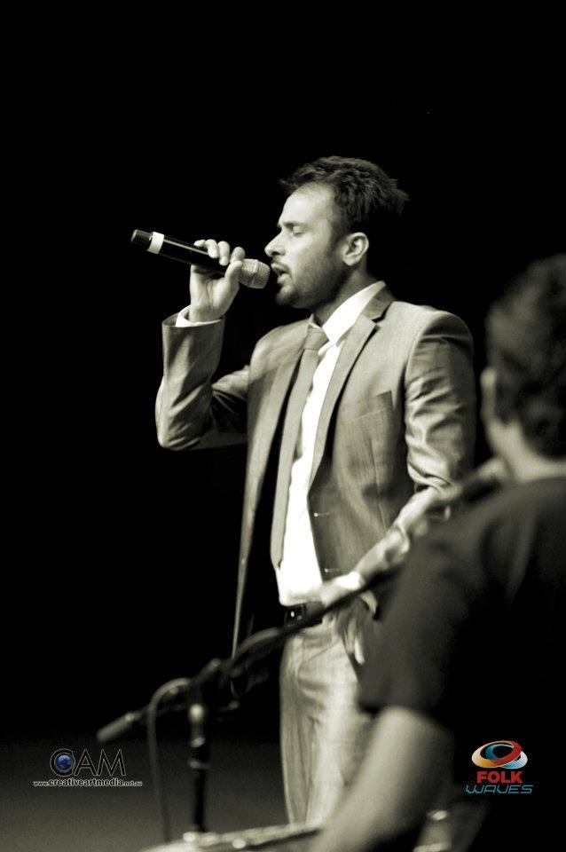Amrinder Gill - Live Performance HD Wallpaper Free Download 2012