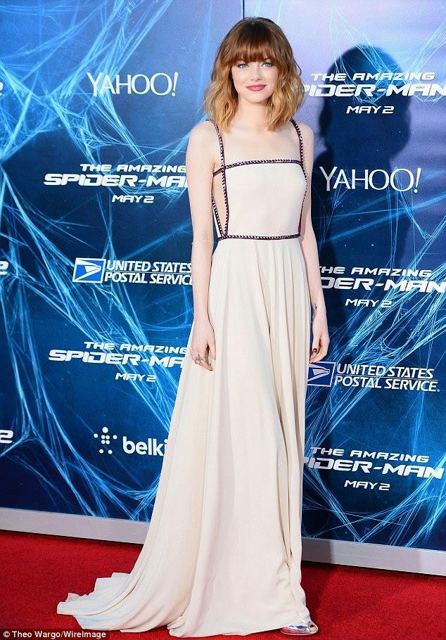 Lupita dress, Amazing Spider-Man 2, spider man, Emma Stone, Emma Stone nude, Emma Stone naked, Emma Stone selfie, Emma Stone nkd