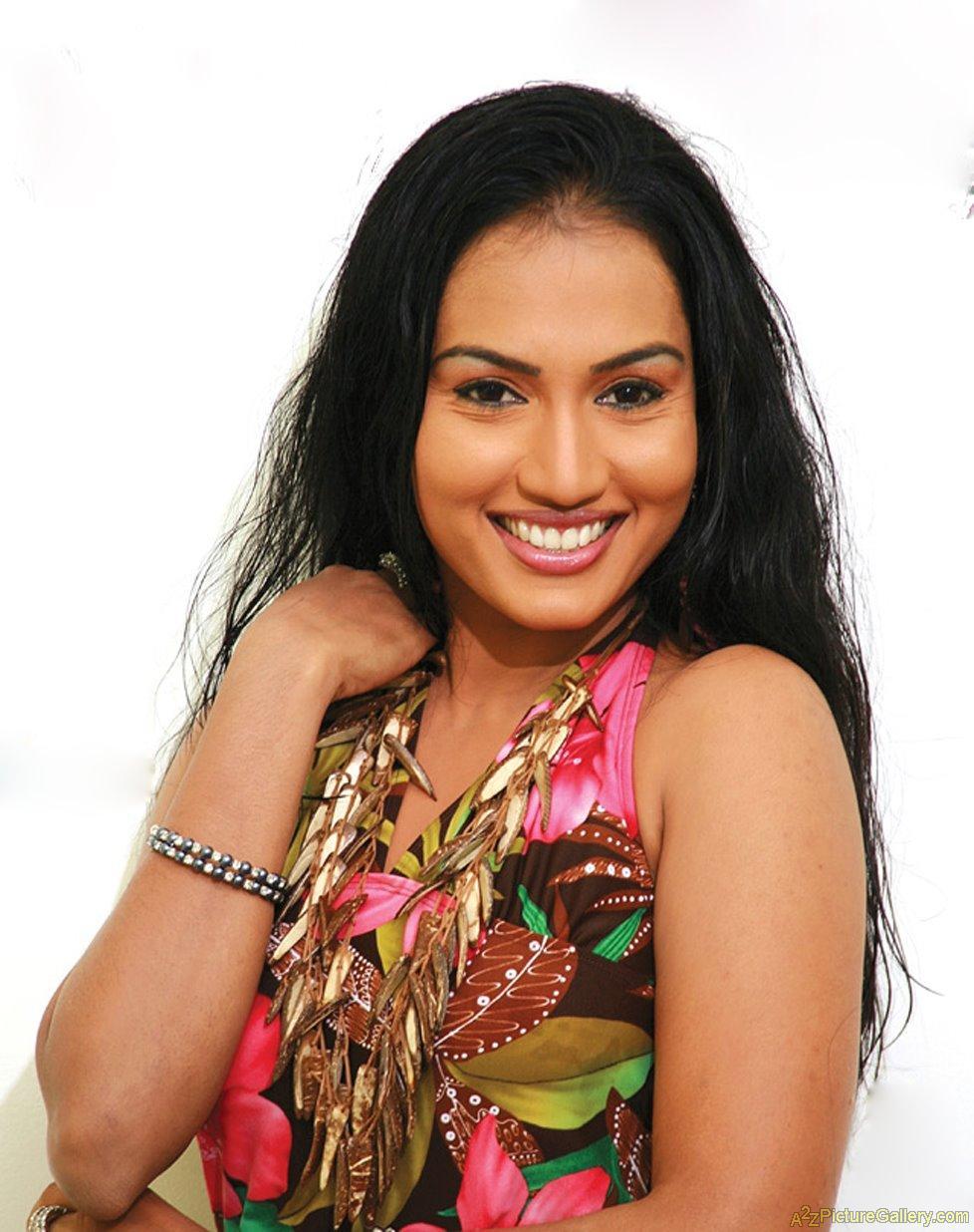 Gossip Chat with Chathurika Peiris   Gossip Lanka Hot News