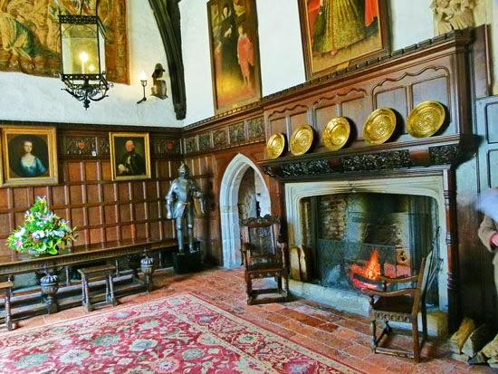 Igtham Mote, Great Hall, Tudor house, Richard Starkey, Kent