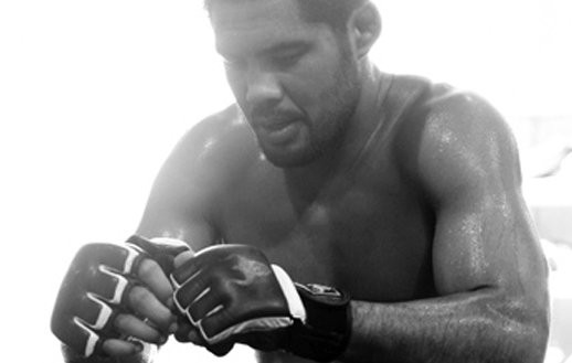 ufc mma middleweight fighter mark munoz picture image