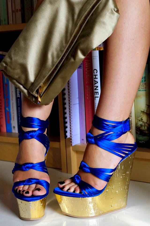 Emilio Pucci Golden Sandals