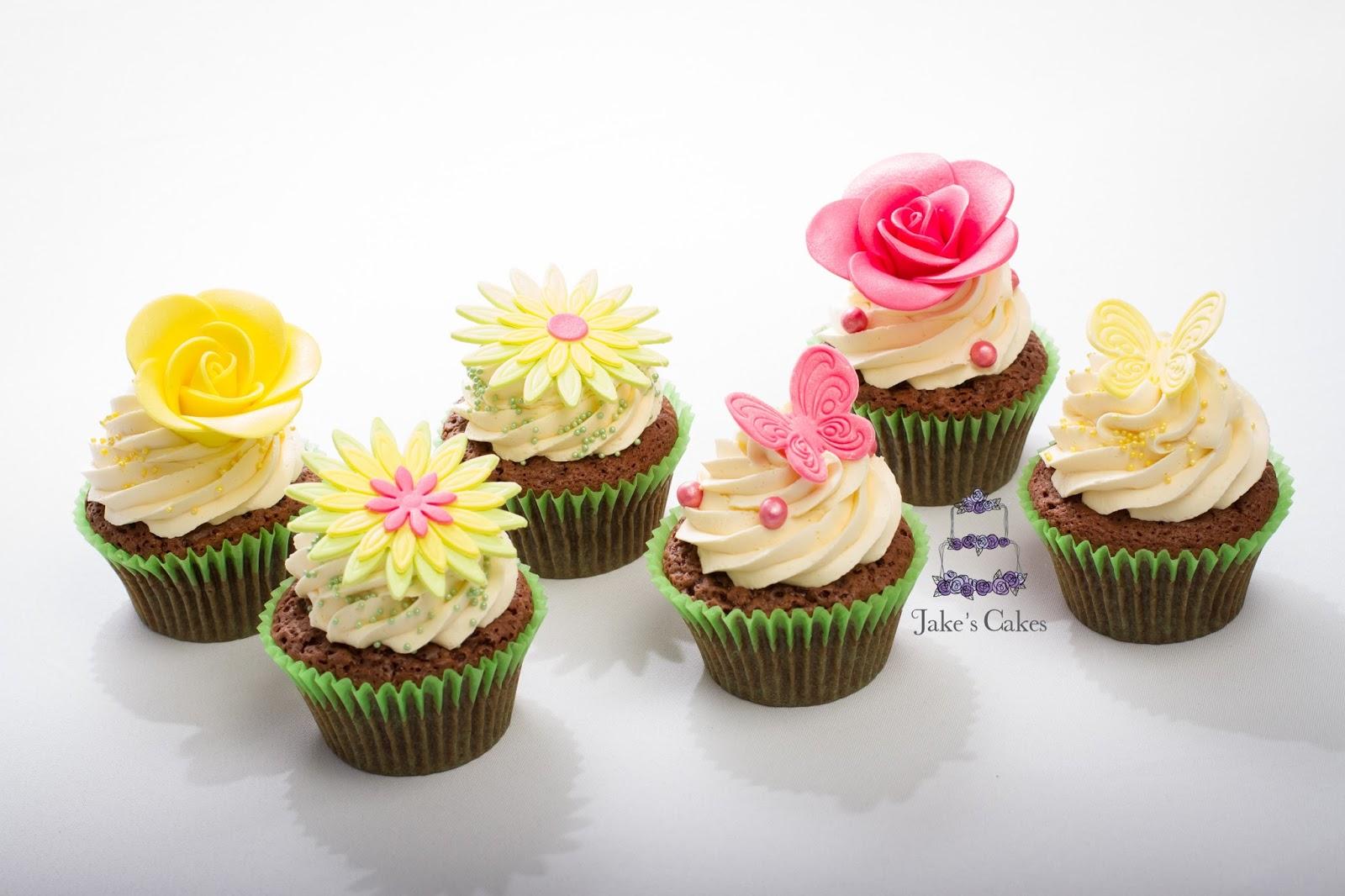 Jake\'s Cakes: Bright Flower Wedding Cupcakes