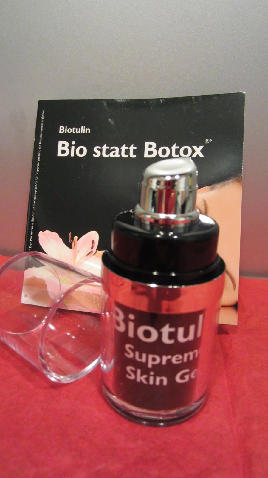 erdbeersekt testen und bewerten produkttest biotulin supreme skin gel. Black Bedroom Furniture Sets. Home Design Ideas