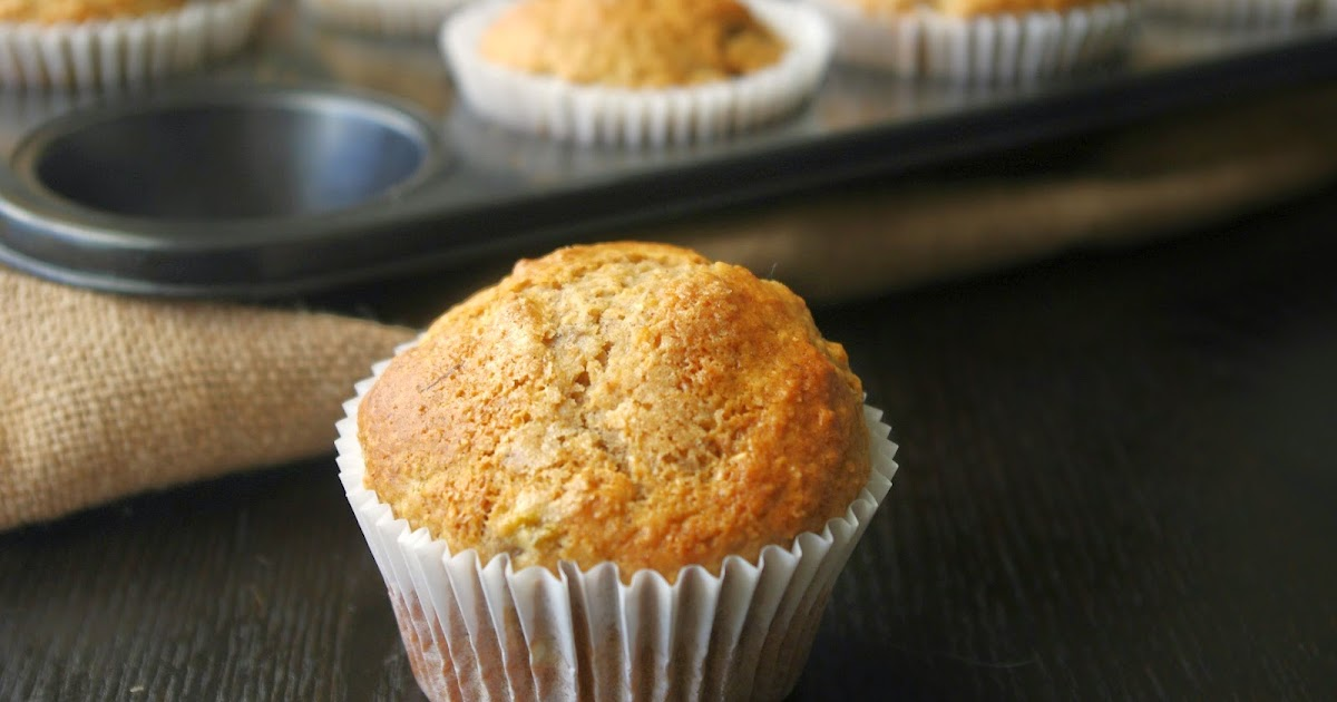 the nOATbook: Banana, maple syrup and cinnamon muffins