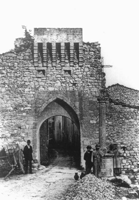 Les amis de saint michel lincel les portes for Porte unie st michel