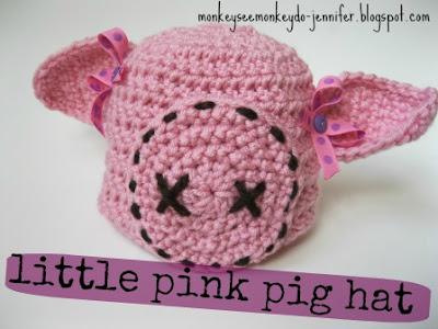 http://monkeyseemonkeydo-jennifer.blogspot.com/2013/04/little-pink-pig-hat-free-crochet-pattern.html