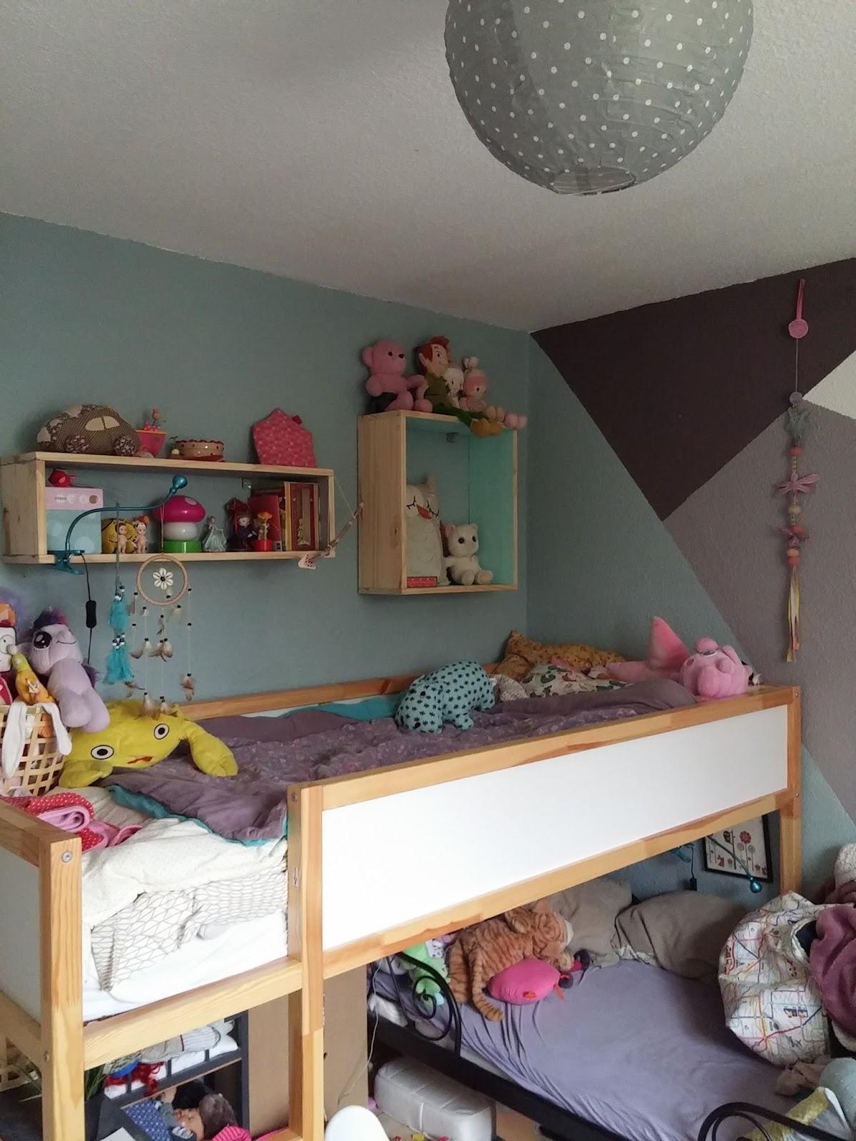 la d co de la chambre des kids les aventures des petits pois. Black Bedroom Furniture Sets. Home Design Ideas