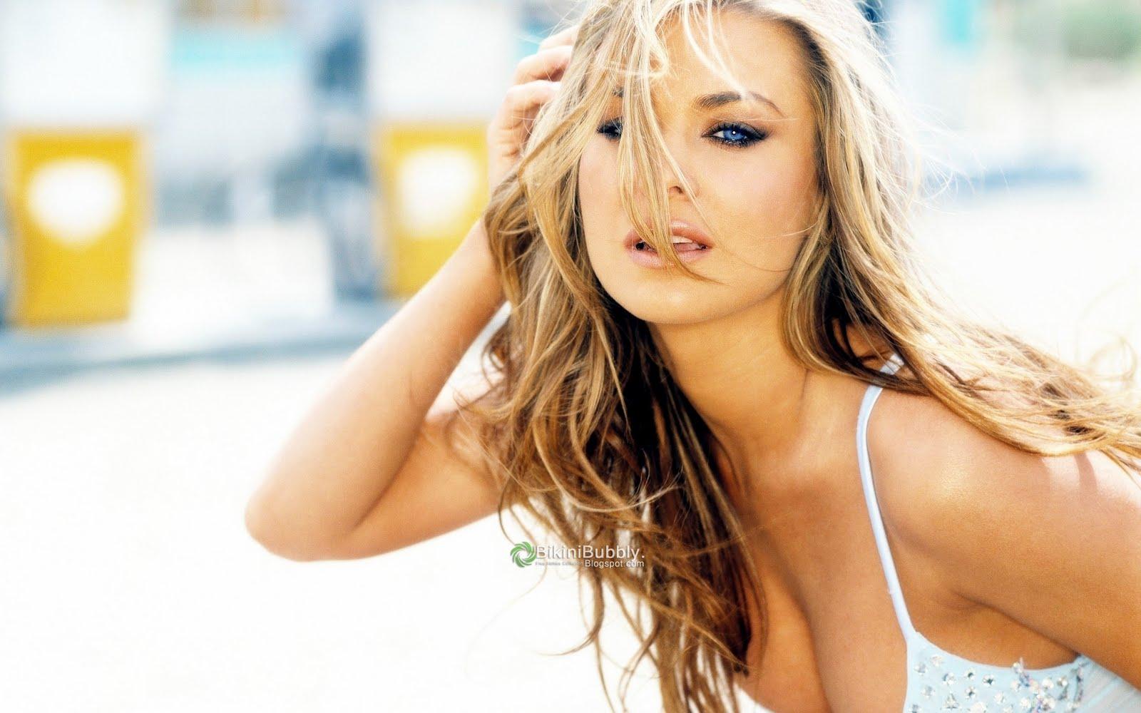 http://4.bp.blogspot.com/-ZvR8GAYlWwo/TnHS_pagDpI/AAAAAAAAKzs/al9OZuPTiqk/s1600/sexy-actress-by-bikinibubbly.blogspot.com%2B%25252843%252529.jpg