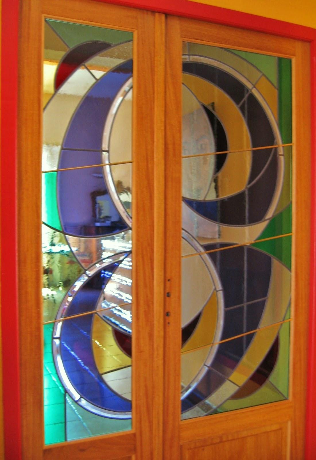 atelier verrier de clermont vitrail verre fusionn stages vitrail contemporain porte interieure. Black Bedroom Furniture Sets. Home Design Ideas