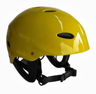 Helm Perlengkapan Untuk Rafting
